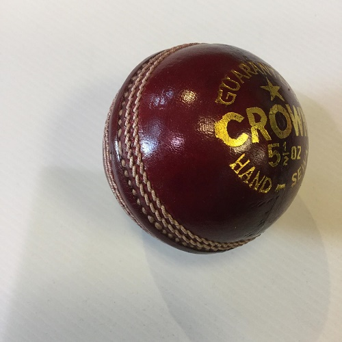 Salamander Regal Crown Cricket Ball
